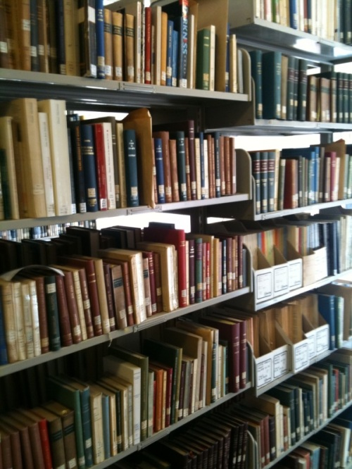 Picture of a book shelf